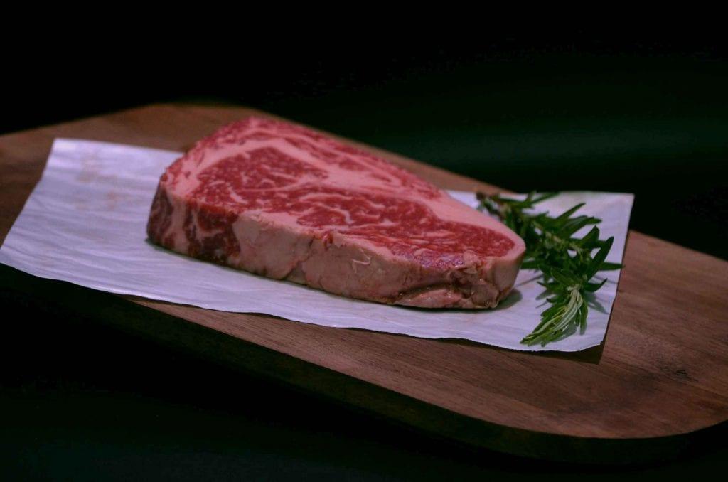 Wagyu-Ribeye-Steak
