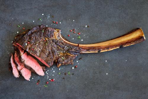 Genuss pur! T Bone Steak kaufen in Premiumqualität
